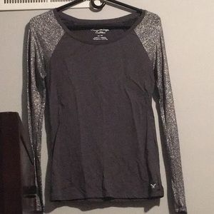 AEO Charcoal Gray Top with Shimmer Sleeve. Size:XS